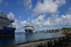 Bonaire cruiseships